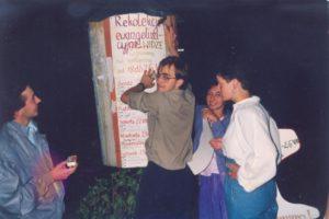 1992-08-Widze